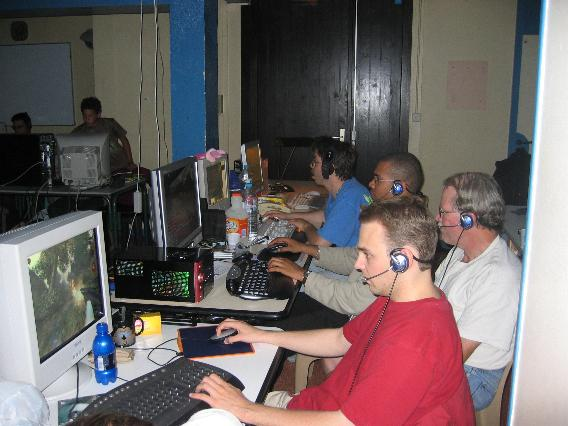 43-f8kcf-lan-party-f5dn